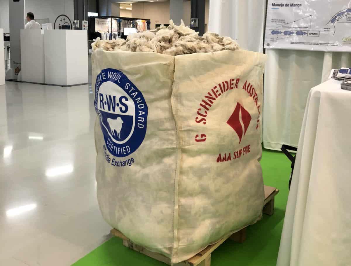 RWS Wool Bale Schneider 2018